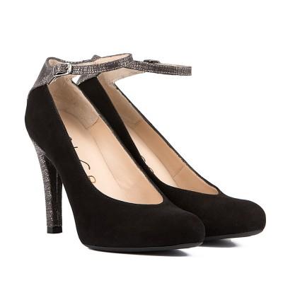 Sapatos Pusti